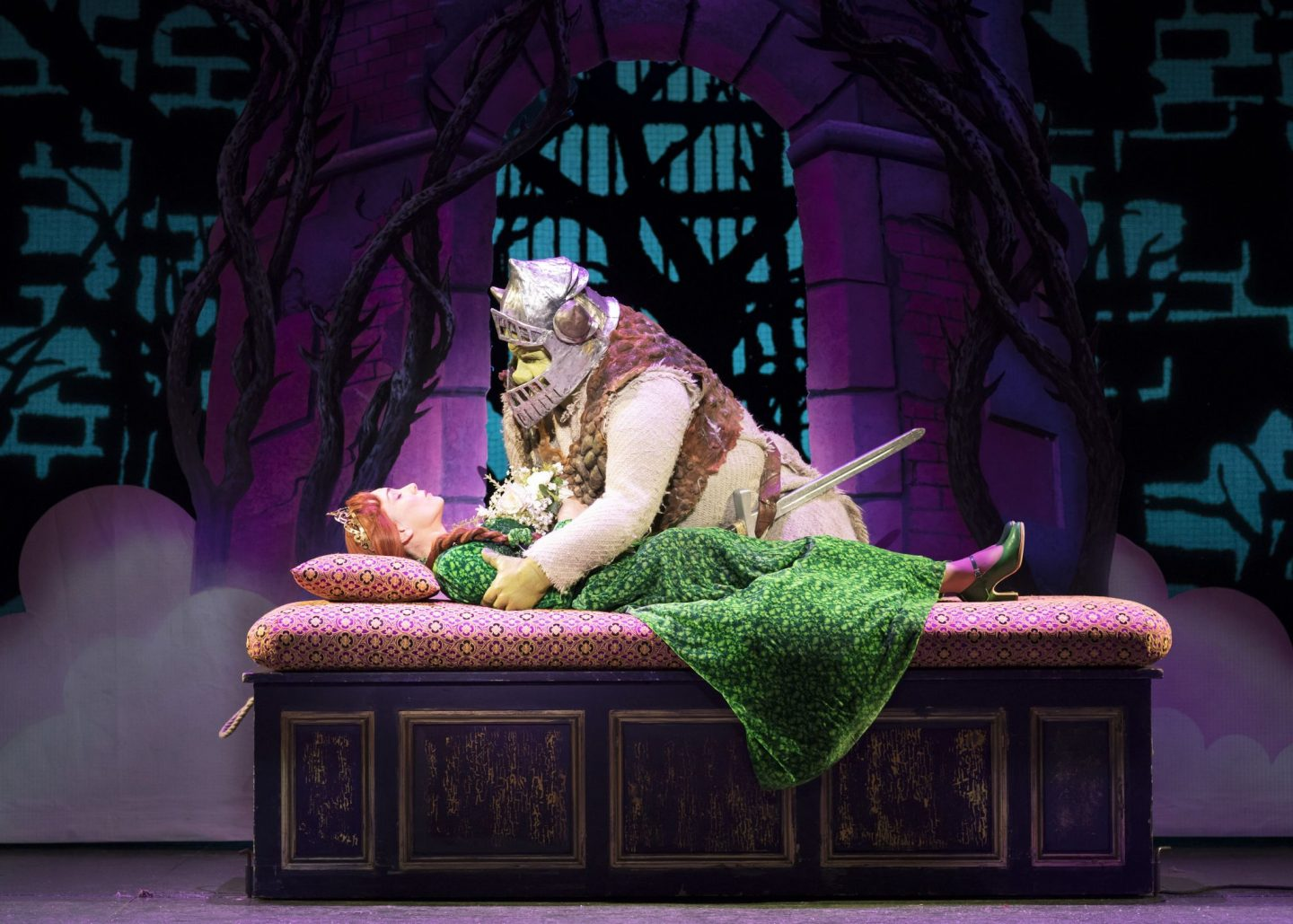 Shrek the musical hits Edinburgh