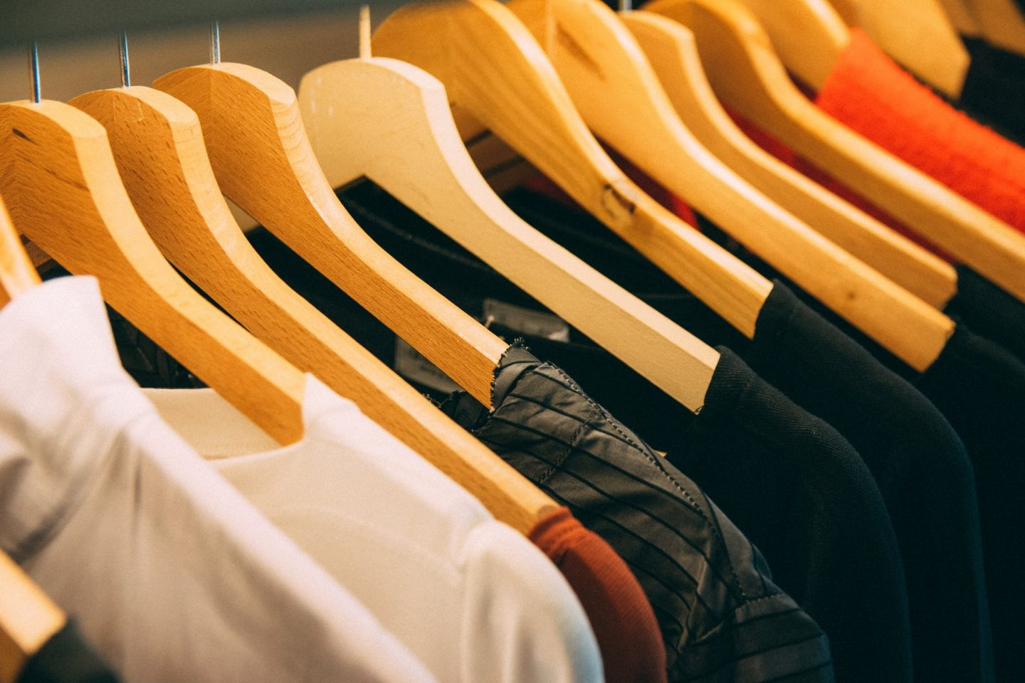 How to Save Money when Shopping for Clothes